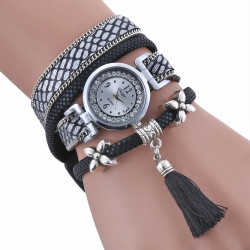 Hot sale new design female quartz fashion bracelet watches