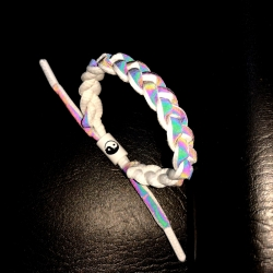 Woven color-changing hand rope