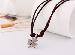 Leather Necklace Short Mens Alloy Clover Necklace Vintage Coarse Ore Leather Necklace