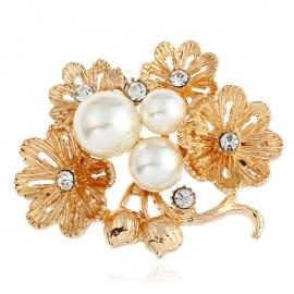 European and American fashion clothing creative goddess multi-layer daisy brooch flower pearl brooch