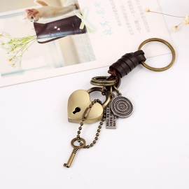 Vintage cowhide key chain alloy key pendant punk leather key chain