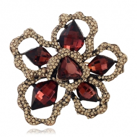 European and American fashion clothing creative high-quality high-end brooch freehand hollow flower brooch
